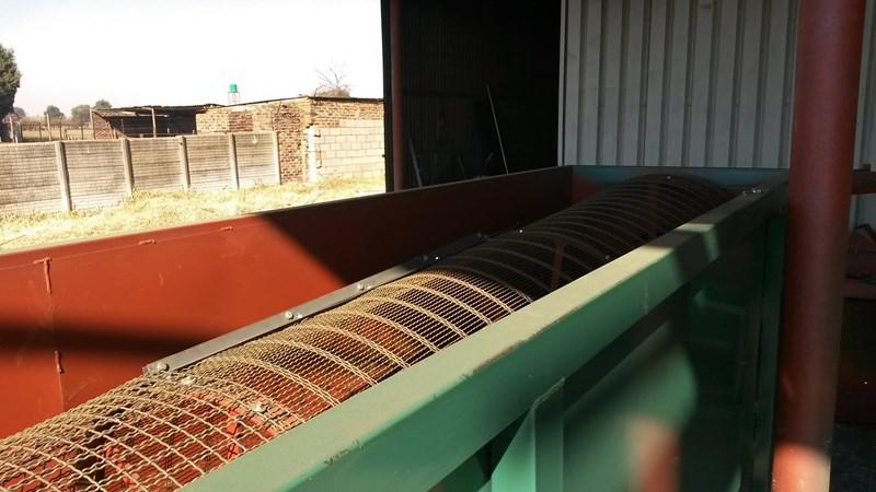 Roll Screens (2)